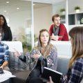 ワイジェイFX|採用情報を口コミから分析!職場環境/メリット/今後の課題とは?